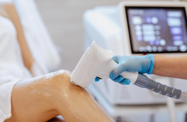 آموزش کاربرد تجهیزات لیزر پوست